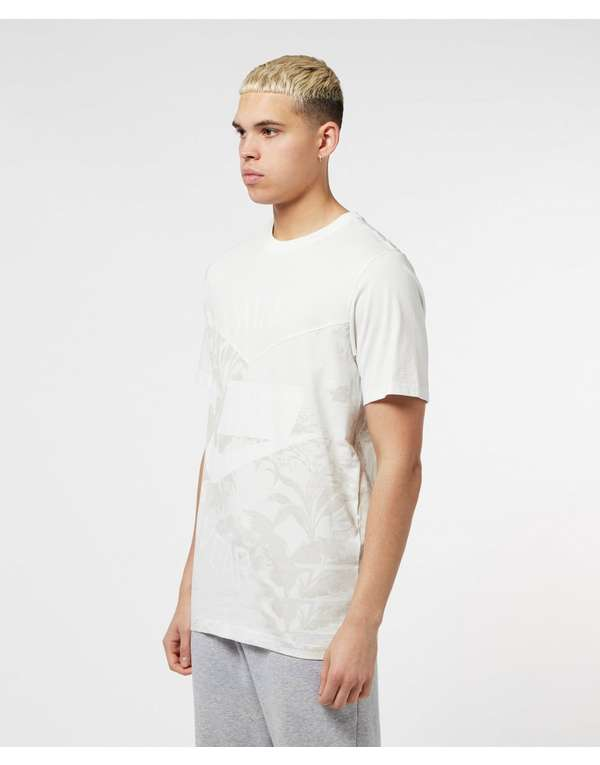 Nike Sportswear 2 Short Sleeve T-Shirt