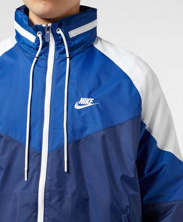Nike Retro Lightweight Jacket - Online Exclusive