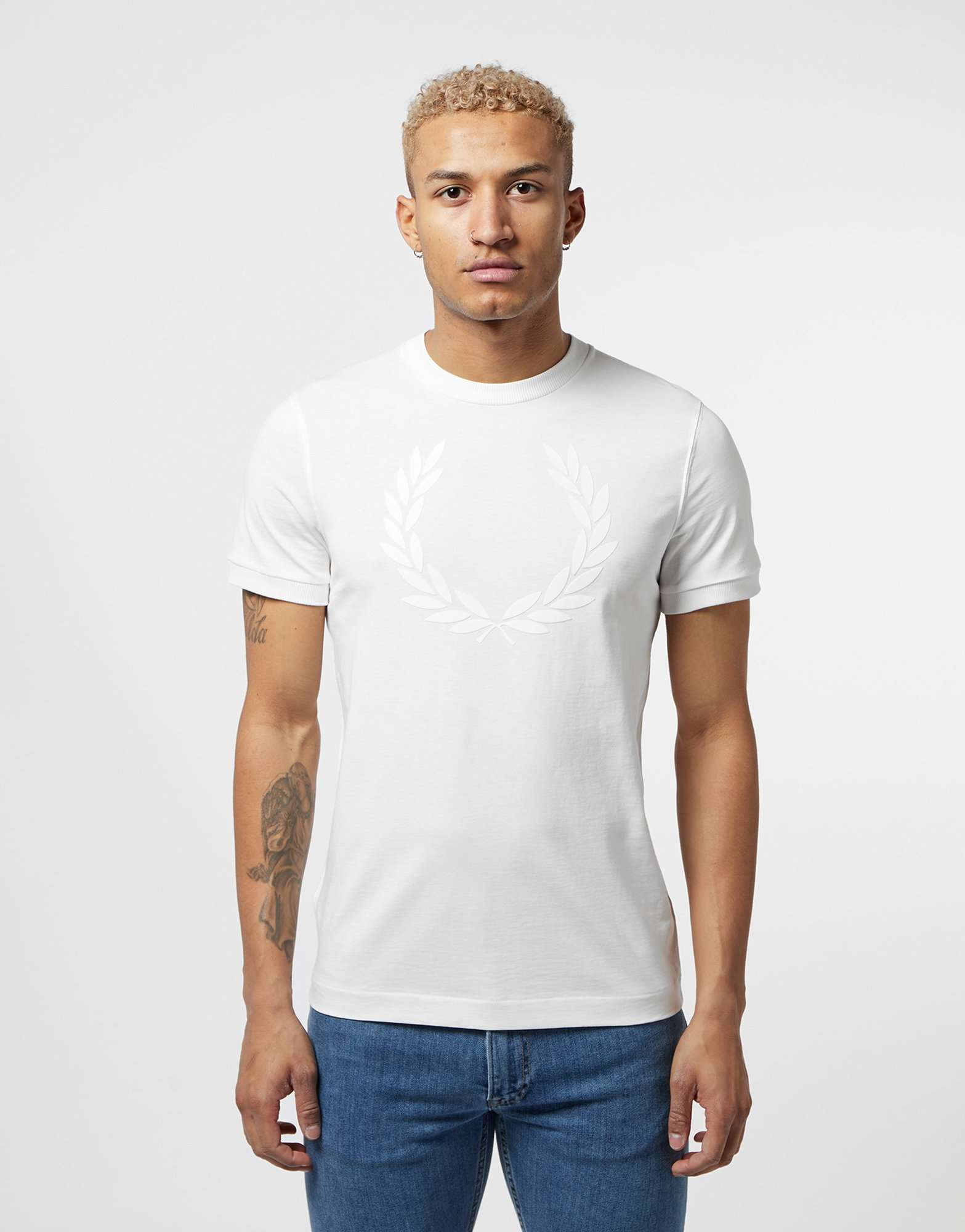 Fred Perry Textured Logo Short Sleeve T-Shirt