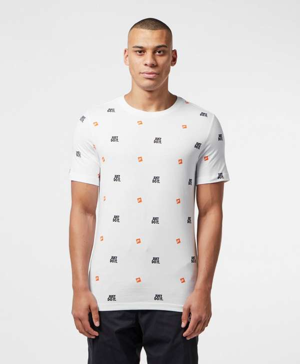 Nike Just Do It Repeat Logo T-Shirt