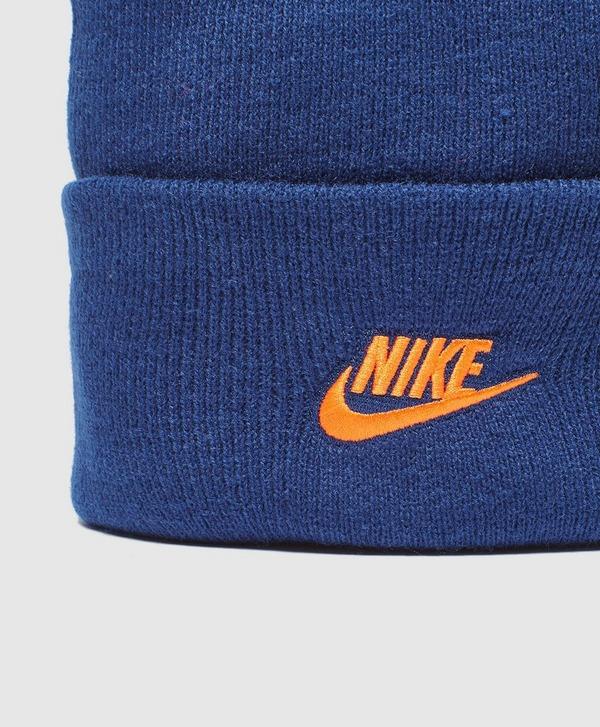 Nike Contrast Logo Beanie