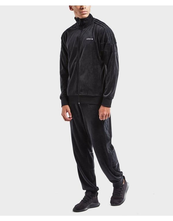 Black velvet: the ADIDAS ORIGINALS CHALLENGER VELOUR