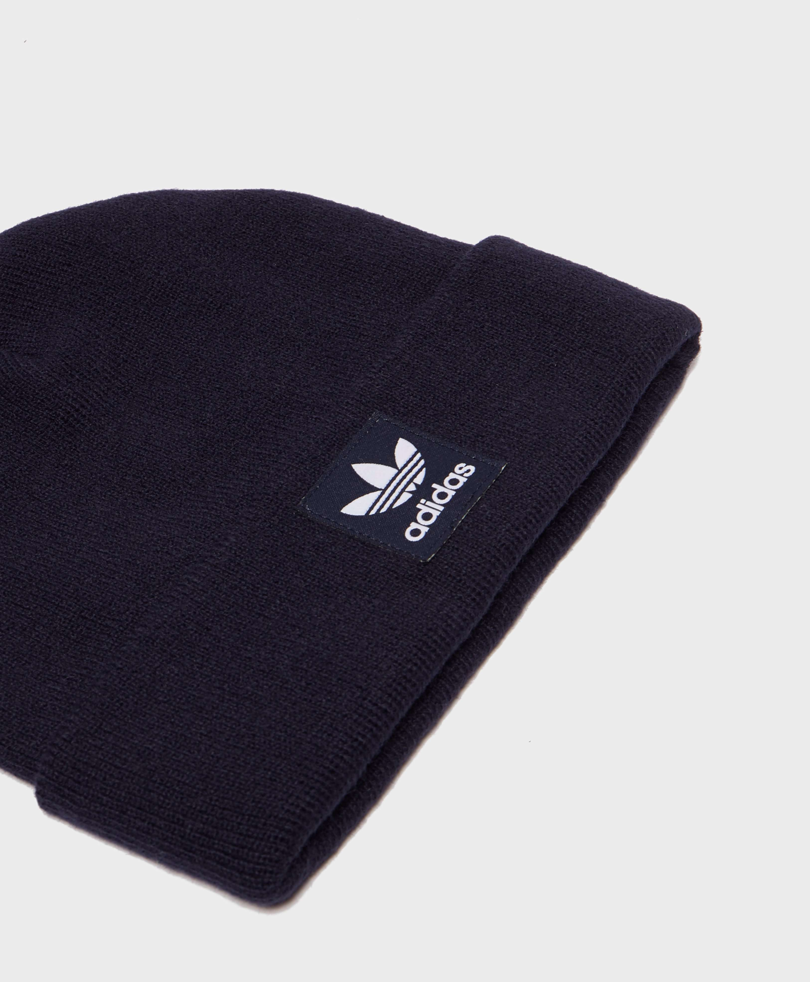 adidas Originals Logo Knitted Beanie