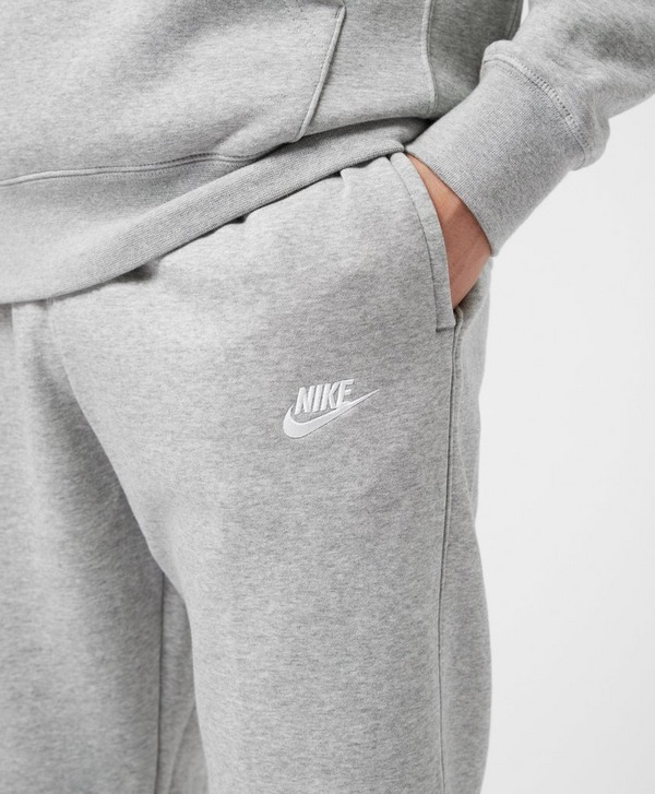 Nike Club Cuffed Fleece Pants