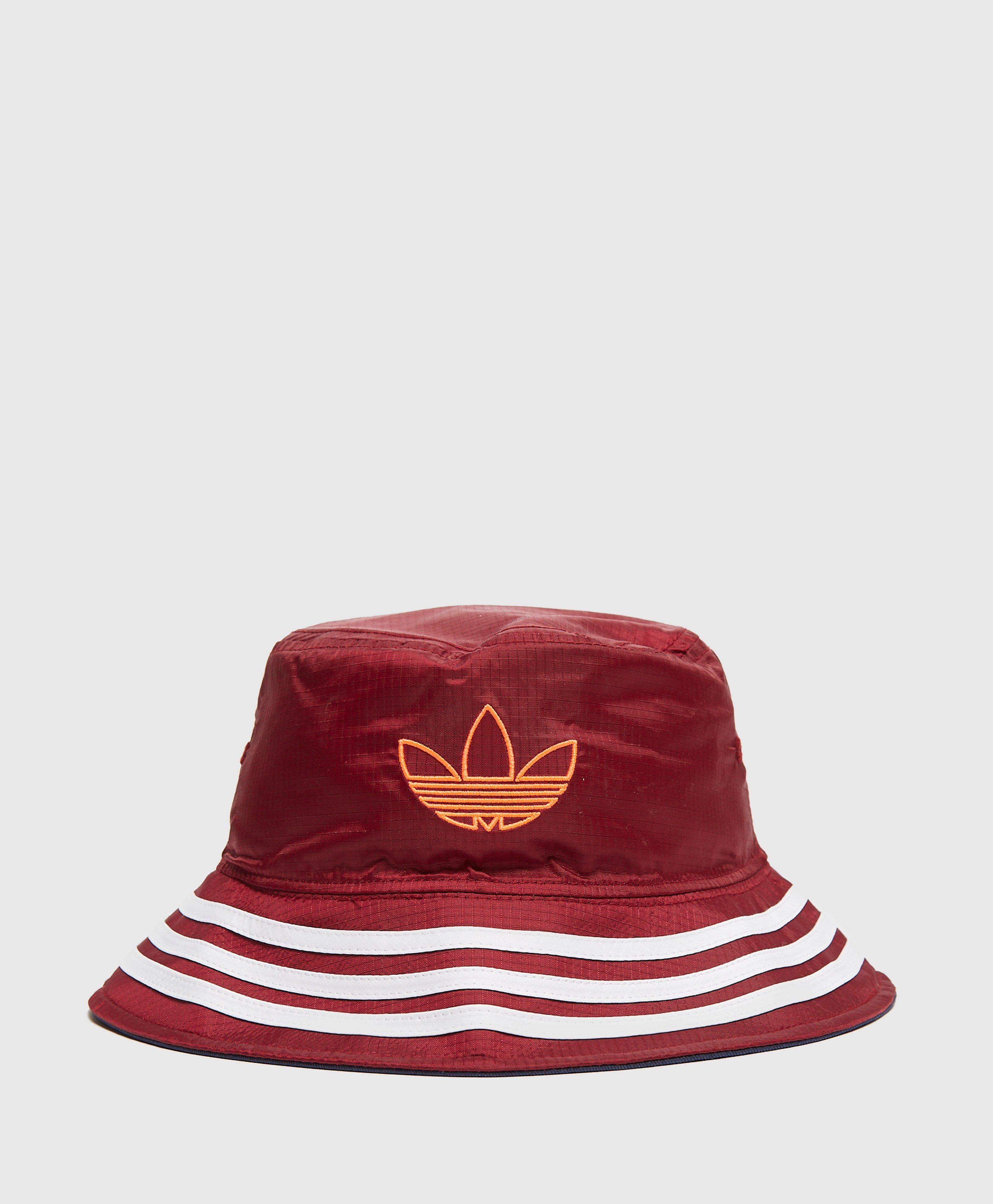colgar Posada Fobia  adidas Originals Sport Reversible Bucket Hat | scotts Menswear