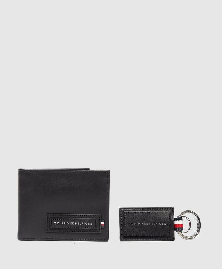 Tommy Hilfiger Wallet and Keyring Gift Set