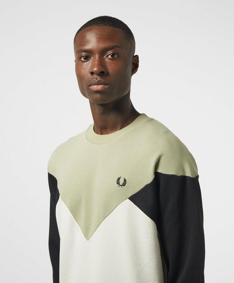 Fred Perry Chevron Sweatshirt