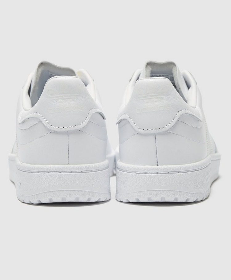 adidas Originals Court Novice