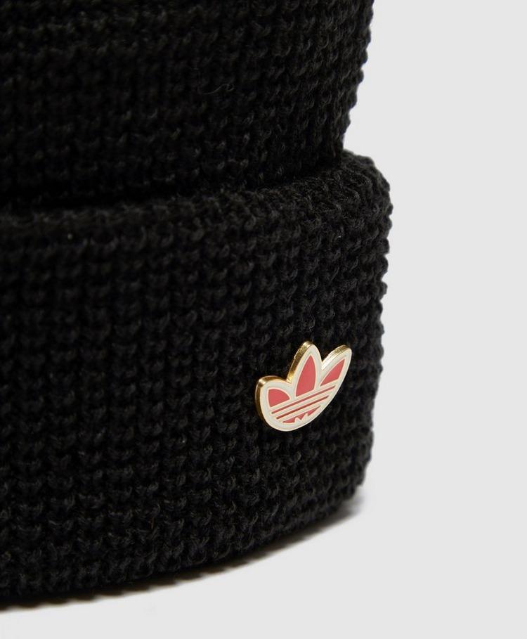 adidas Originals Ribbed Logo Beanie
