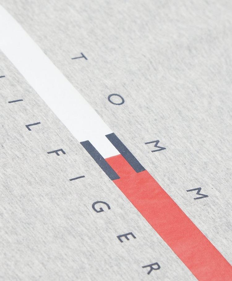 Tommy Hilfiger Global Stripe Chest T-Shirt