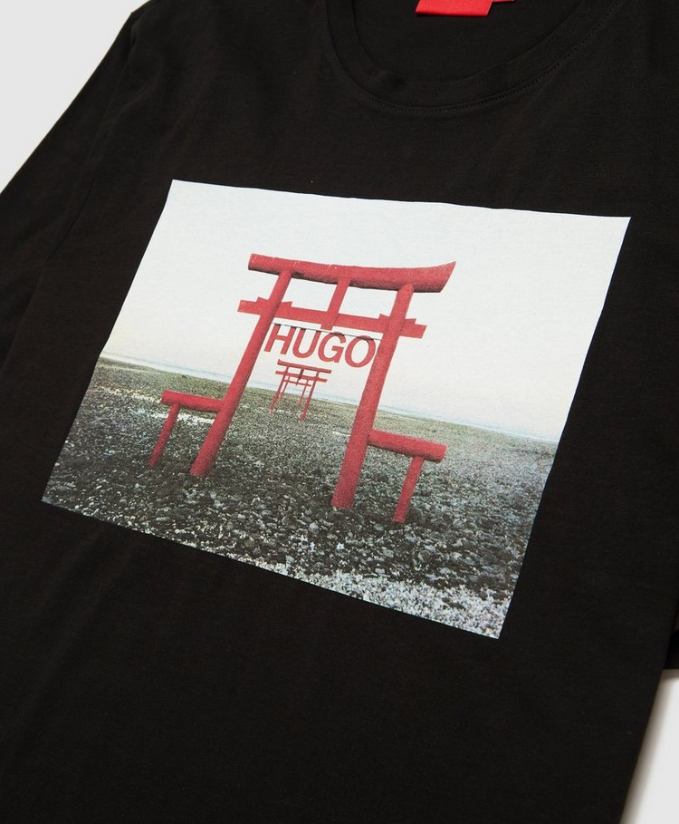 HUGO Logo Gate T-Shirt