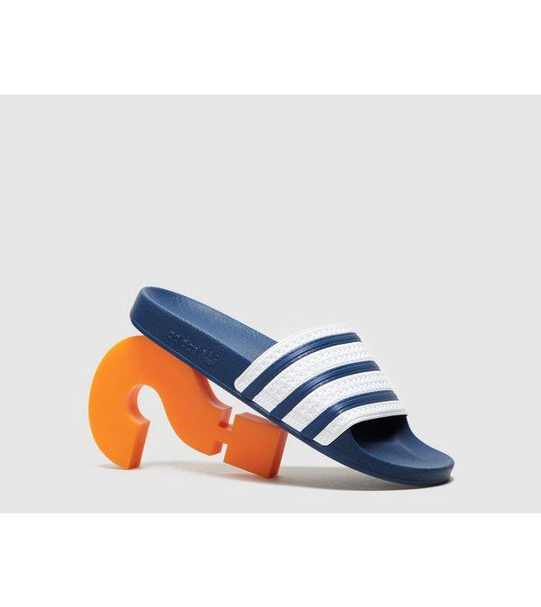 super popular 076a6 36847 adidas Originals Adilette Slides