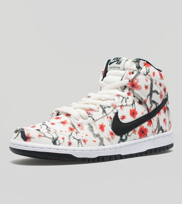 best service ff10d 02afe Nike SB Dunk High Pro  Cherry Blossom  Pack