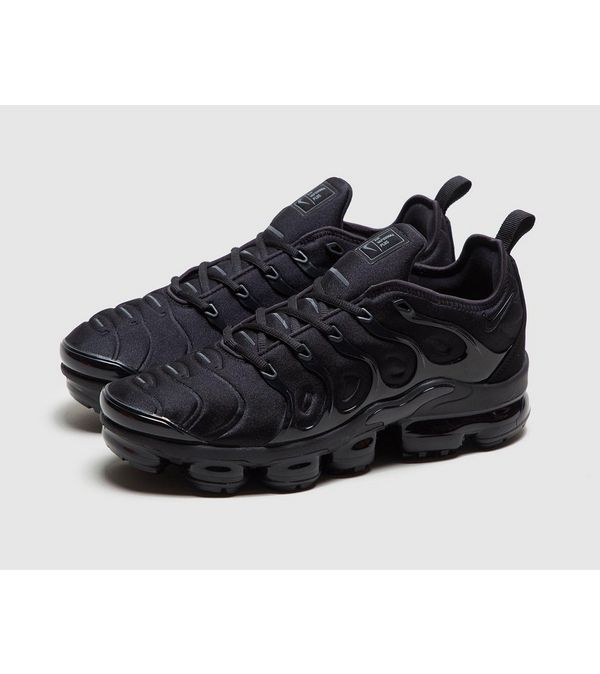 8c323f9e43c Nike Air VaporMax Plus
