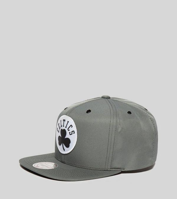 ac730494 Mitchell & Ness Boston Celtics Snapback Cap | Size?