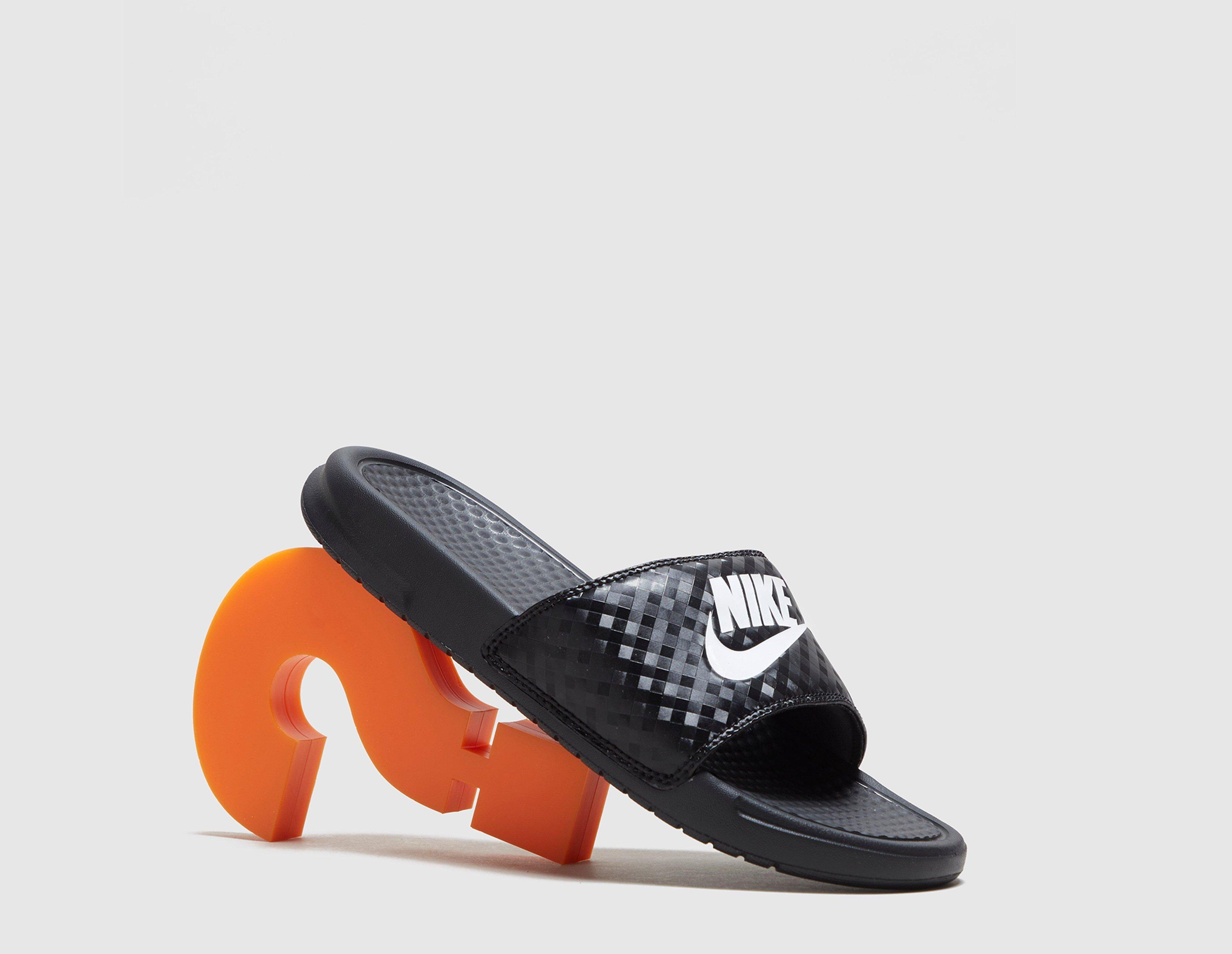 Prisutveckling på Nike Benassi Just Do It (Dam) Hitta