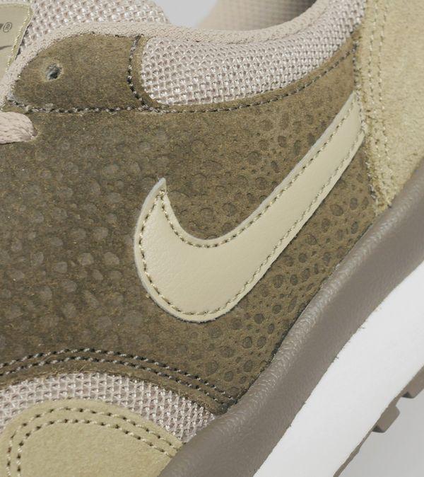 Nike Air Safari