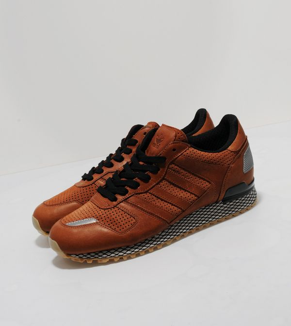80a5b9673d347 adidas Originals ZX 700 Leather