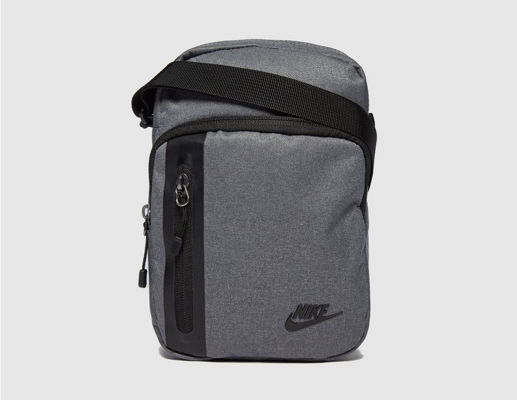 Nike Core Small Crossbody Bag