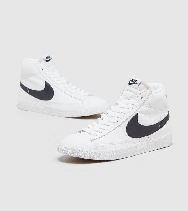 low priced e452a bef26 Nike Blazer Mid Retro