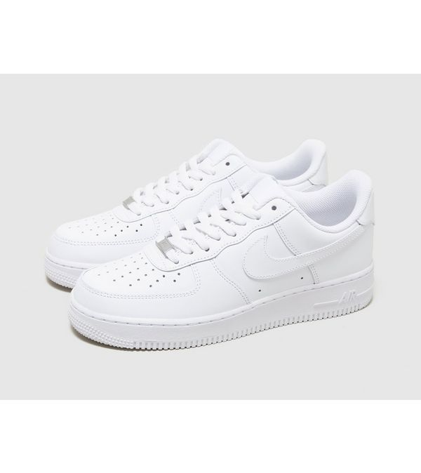 separation shoes 0ccf0 78a9e Nike Air Force 1 Low