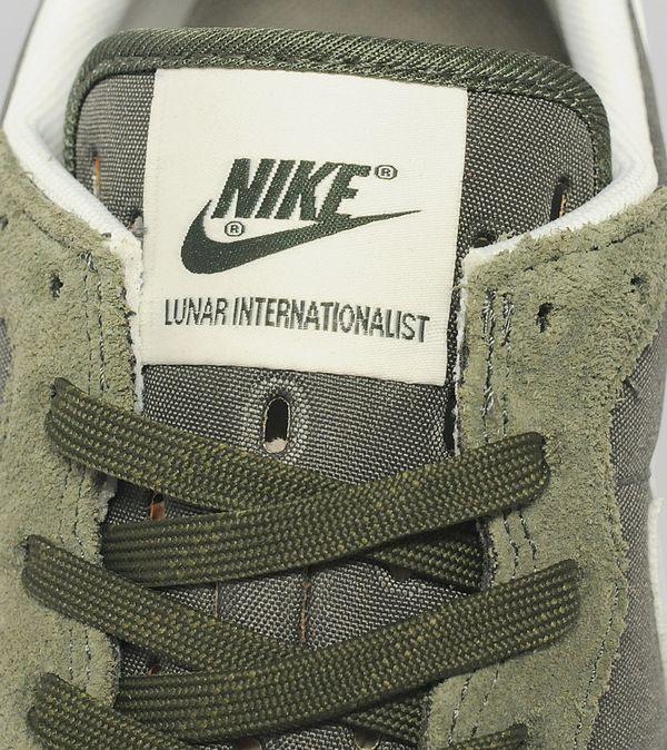sports shoes f784d 628bc Nike Lunar Internationalist