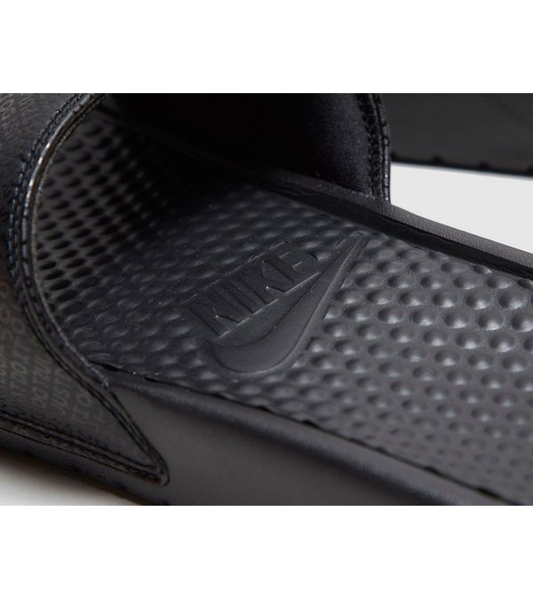 7818aa56b9be Nike Benassi Slides