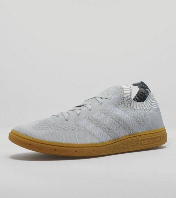 online store c825b 85241 adidas Originals Very Spezial Primeknit