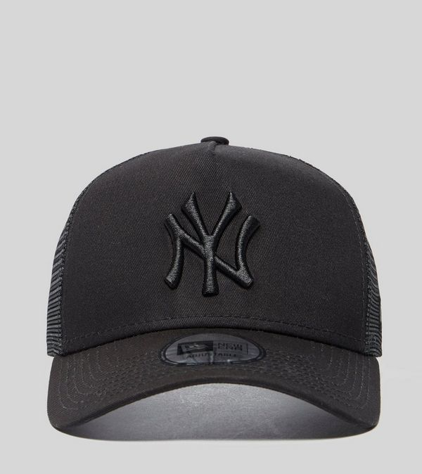 6b2a6a3475c New Era MLB New York Yankees Snapback Trucker Cap