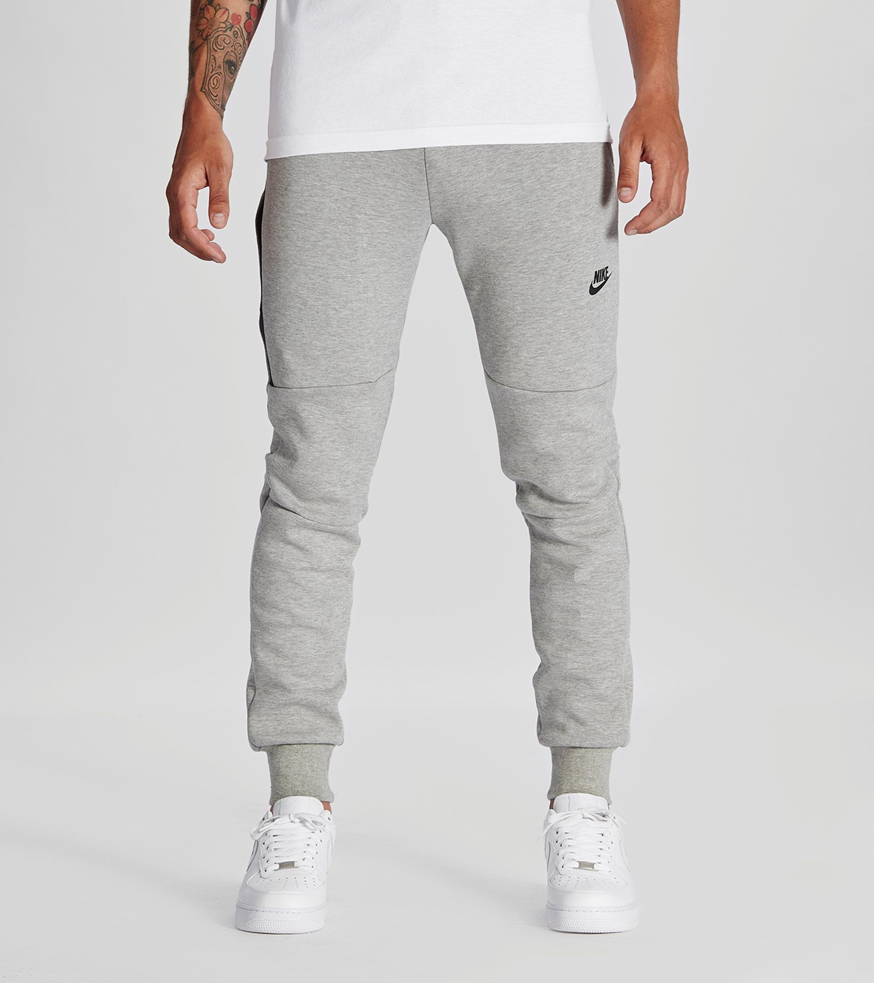 3b49b6d68077 Nike Tech Fleece Pants