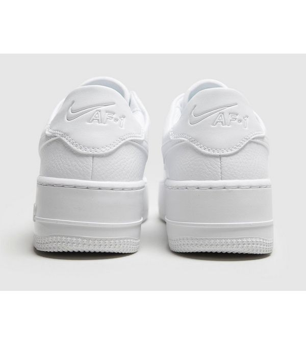 online store 32aae 4cbef Nike Air Force 1 Sage Low Women s