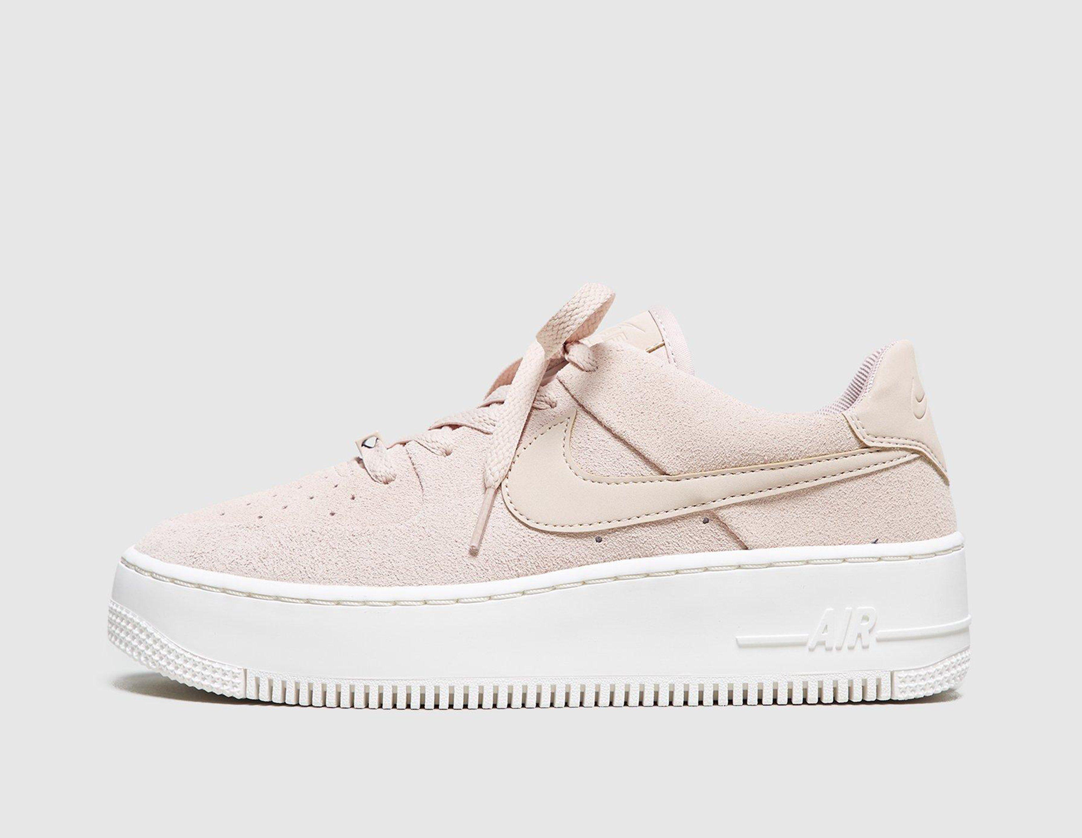 Nike Air Force 1 Sage Low Dam