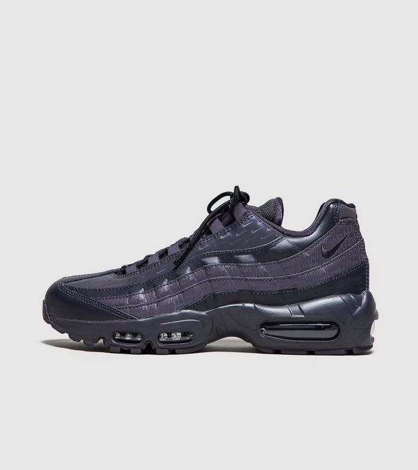 separation shoes f4734 e4a89 Nike Air Max 95  Stealth  Women s