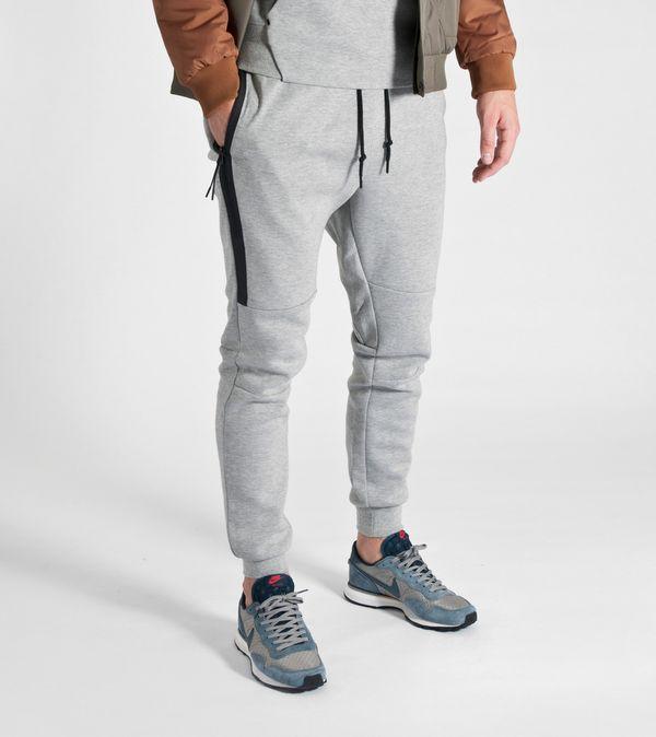 d079751721b4ae Nike Tech Fleece Pants