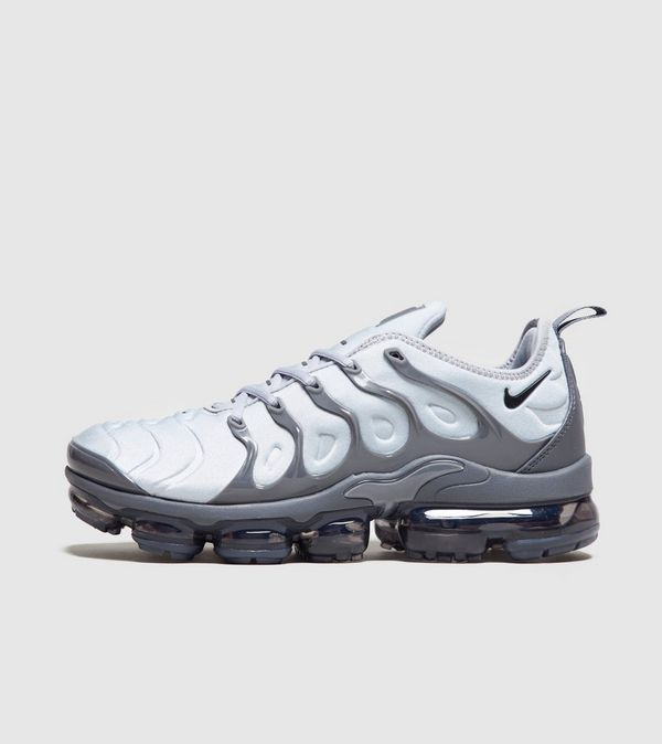 bf64b50988ab0 Nike Air VaporMax Plus