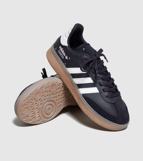 online store 242c2 964b3 adidas Originals Samba RM Women s