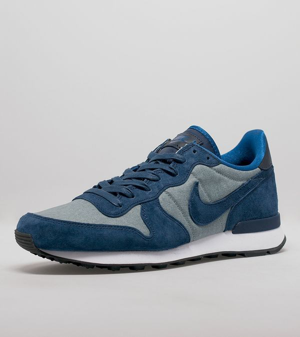 new concept 447c8 6ca60 Nike Internationalist Premium