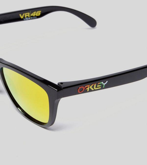 b8c53d3d084e Oakley Frogskins Sunglasses
