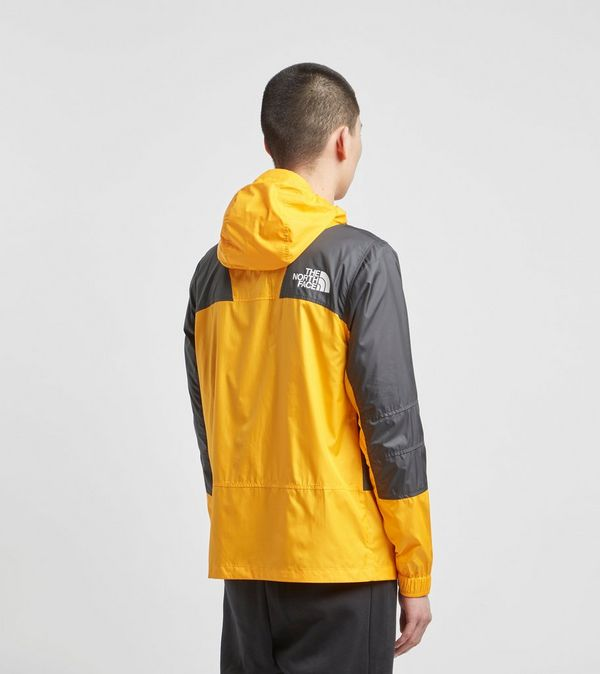 5d13be789b The North Face Veste Mountain Light Windshell   Size?