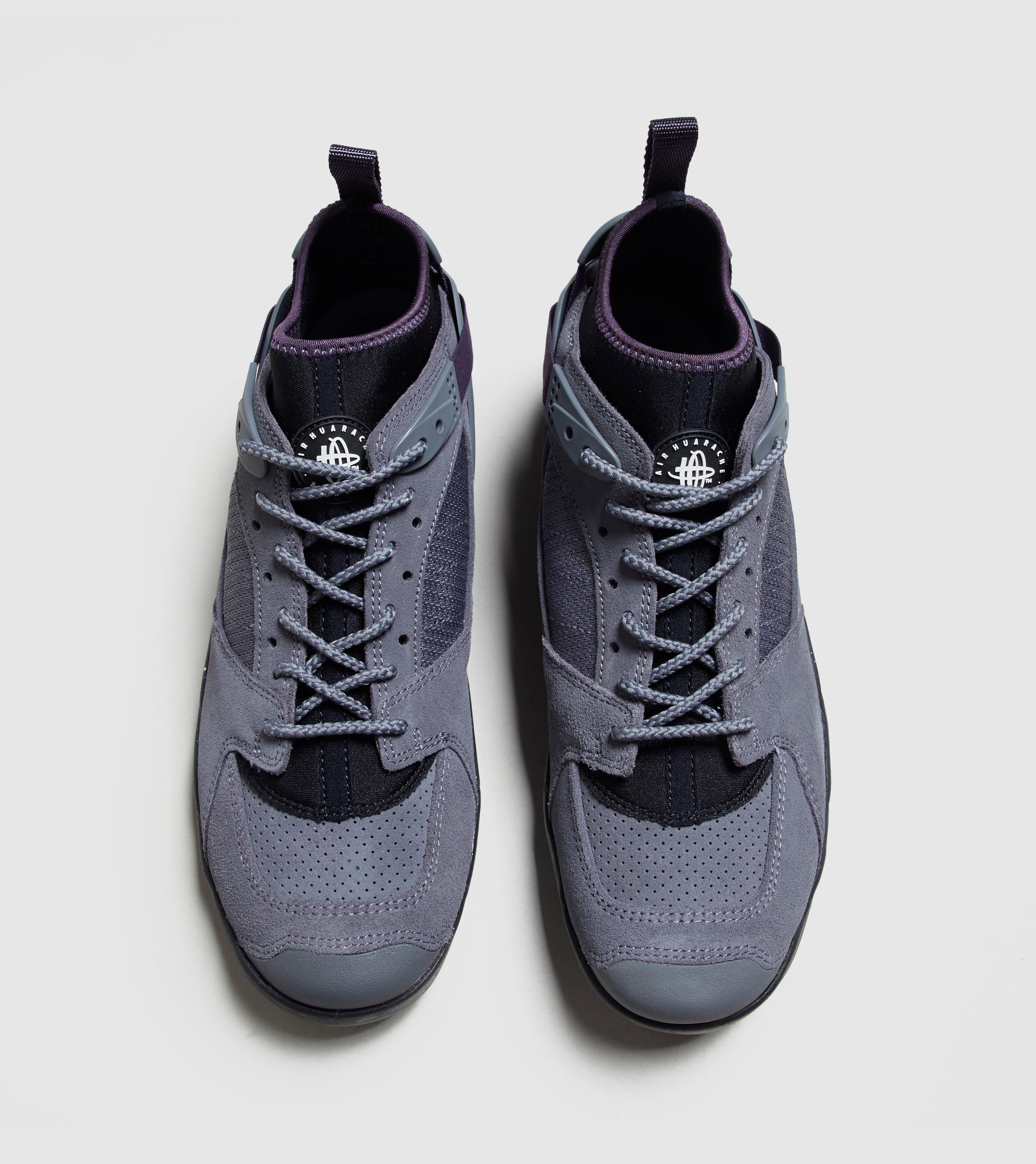 Nike ACG Air Revaderchi QS