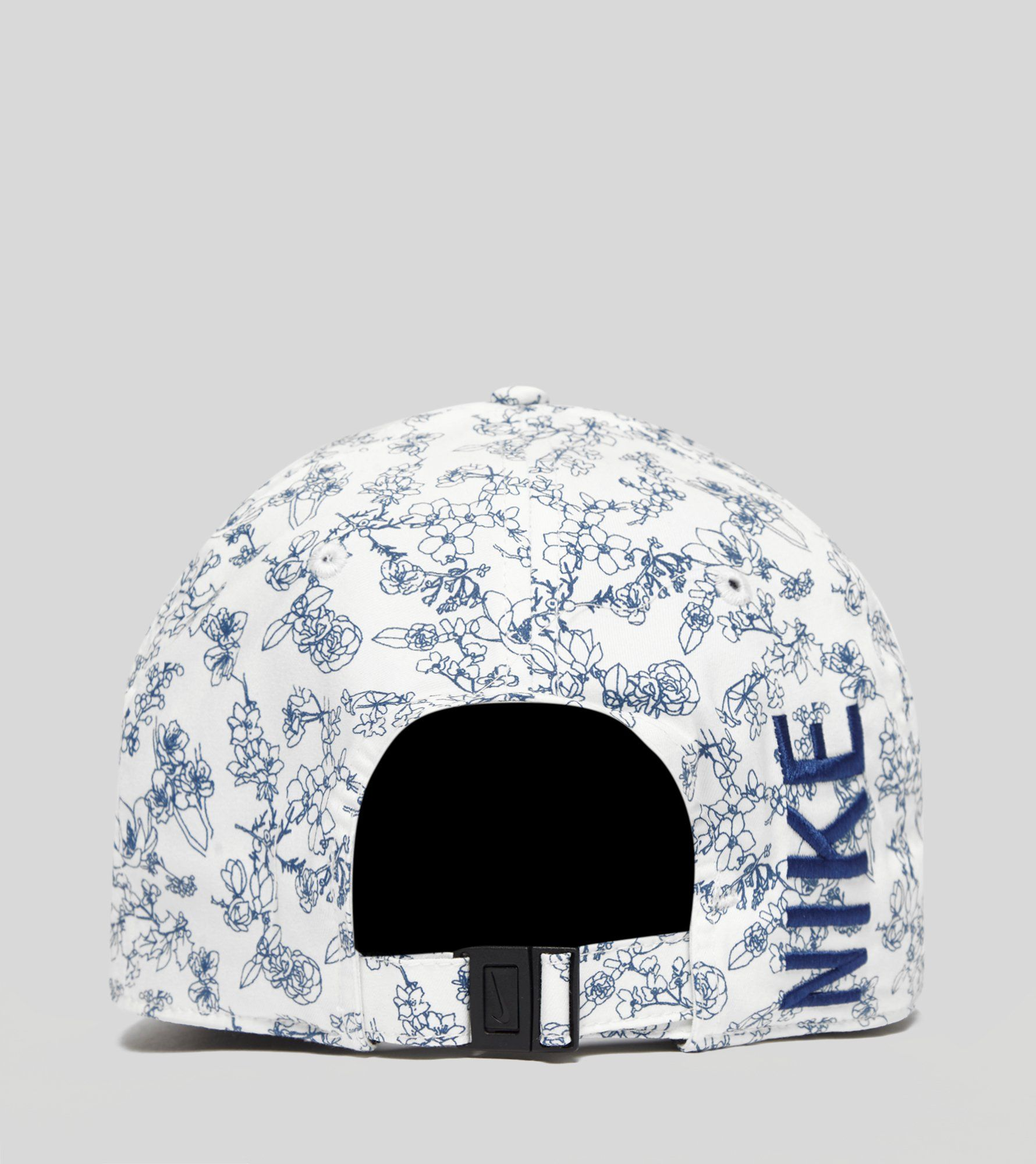 Nike AeroBill Classic99 Floral Cap