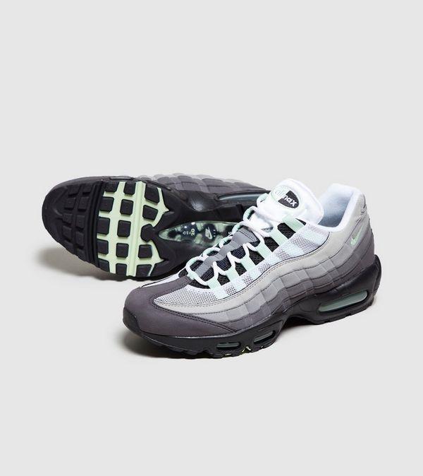 free shipping a01d4 a3f8b Nike Air Max 95   Size
