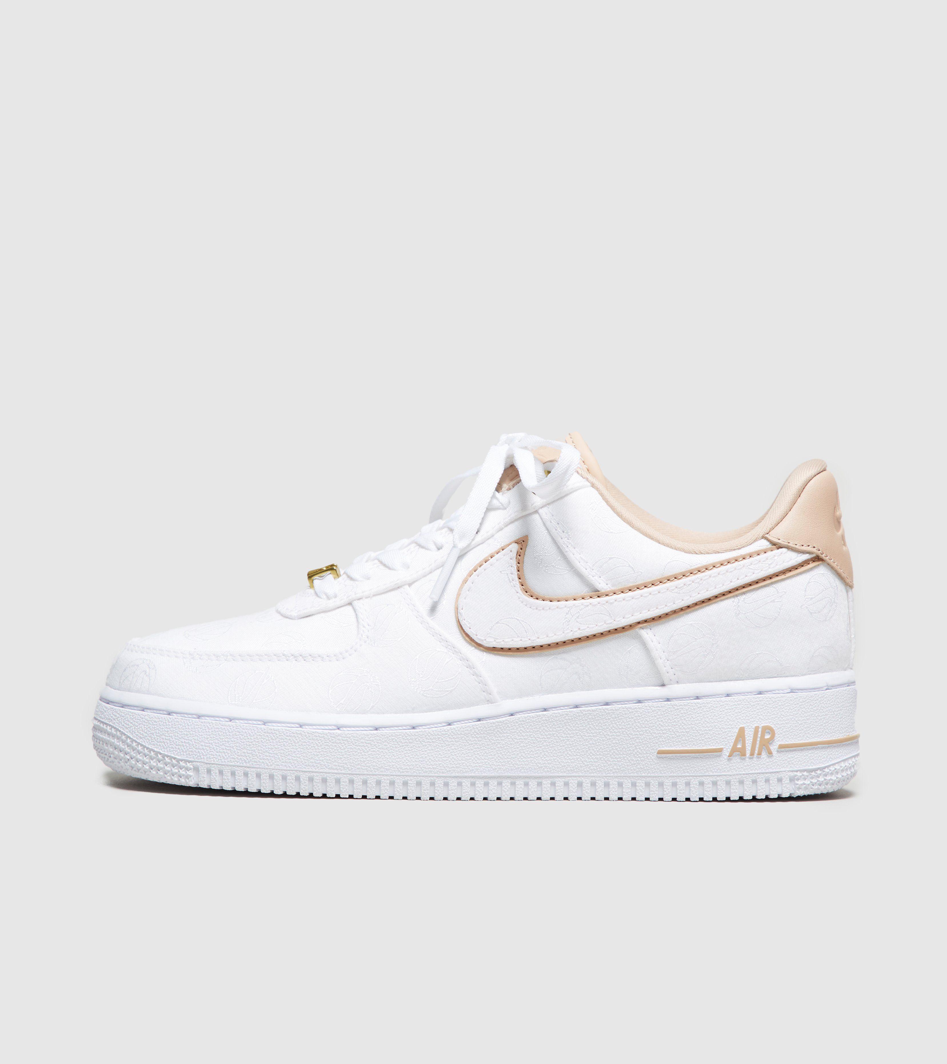 Nike Air Force 1 07 Premium Low Damenschuh Segeln WeißLicht KnochenWeiß 896185 100