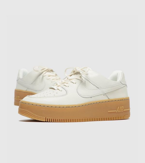 cheap for discount 88ae6 af27a Nike Air Force 1 Sage Low Til Kvinder | Size?