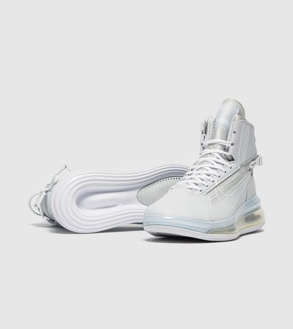finest selection 3be01 980e2 Nike Air Max 720 Saturn