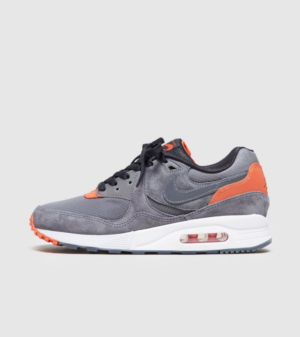 separation shoes 6779d 32eb7 Nike Nike Air Max Light - size  Exclusive Women s   Size