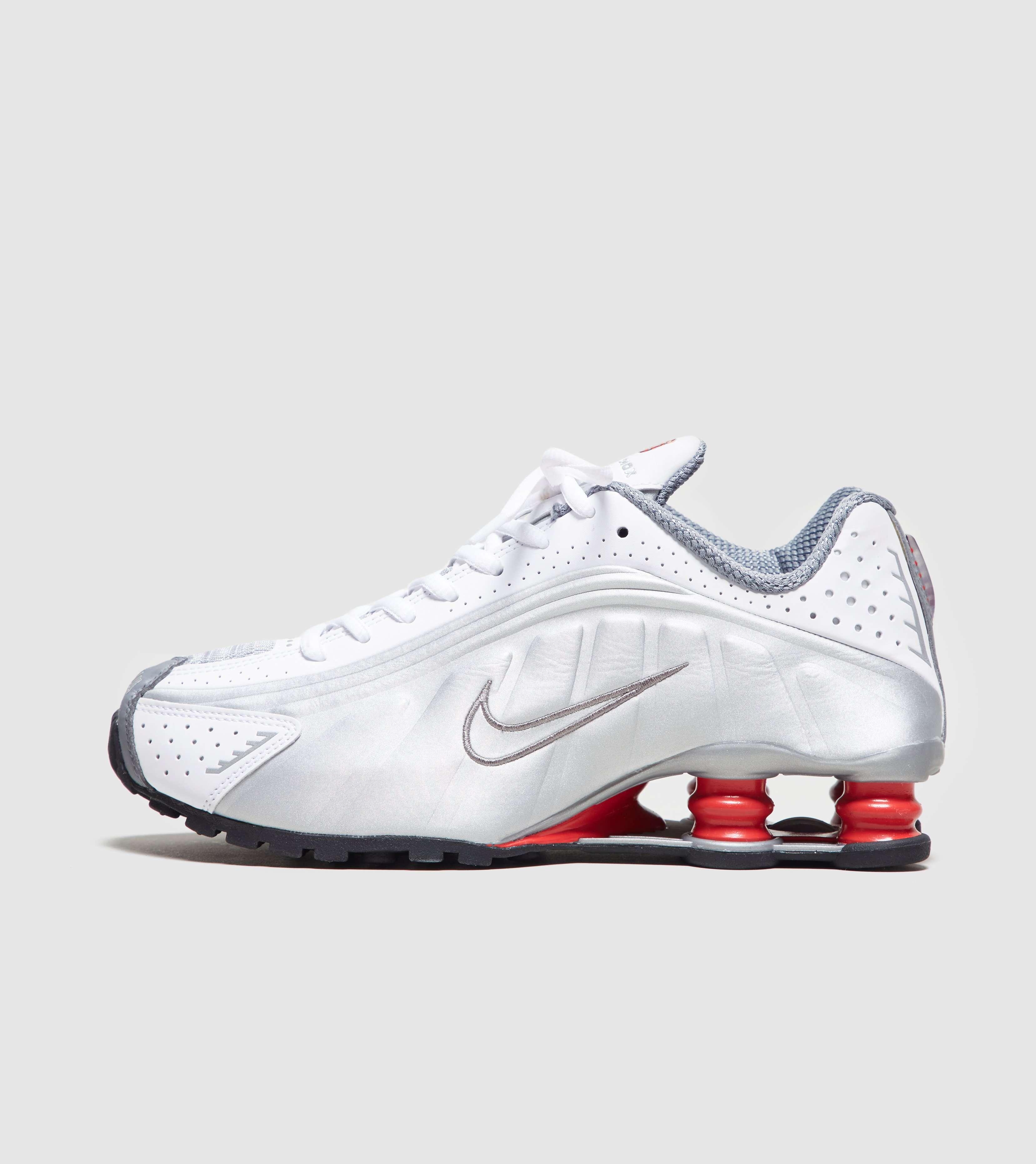 nouveau style 9a3d0 6f4fa Nike Shox R4 | Size?
