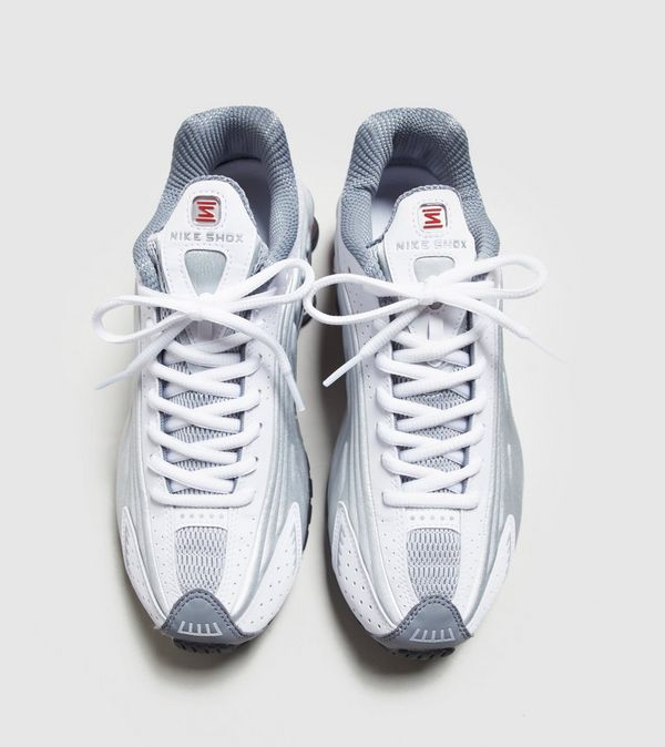 c6f629968c7 Nike Shox R4 | Size?