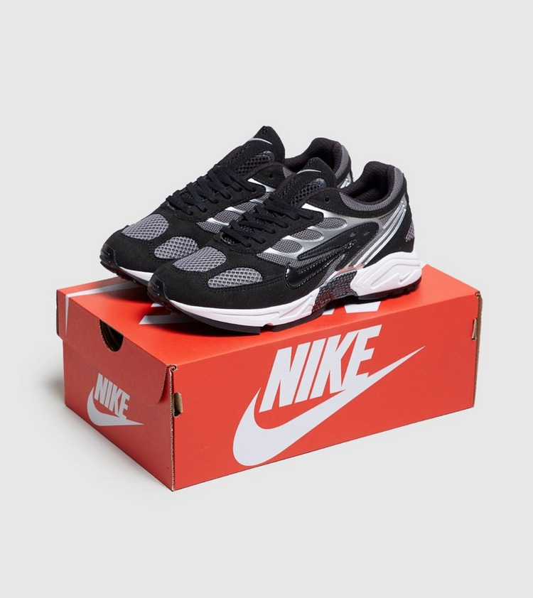 Nike Ghost Racer Women's