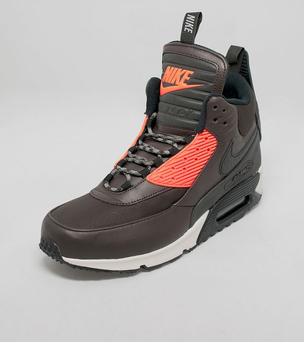 factory authentic bc3be fb62b Nike Air Max 90 Sneakerboot Winter